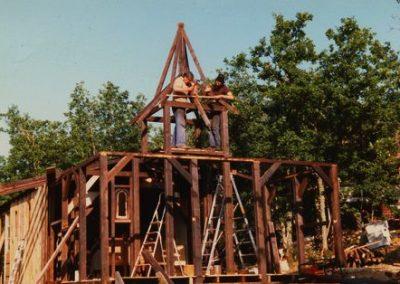 Construction de l'église à Murel