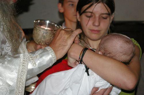 Communion du nouveau baptisé
