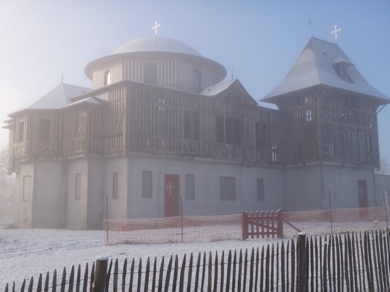 Le catholicon sous la neige